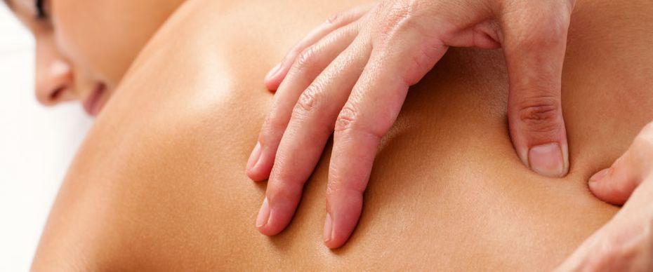 massage and chiropractic care for hurt back